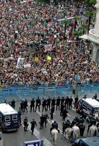 Tras o 25-S: Manter a presión na rúa ata derrubar ao Goberno. Disolución inmediata do Corpo Antidisturbios da Policía.